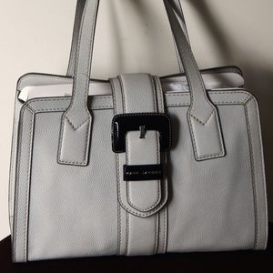 MARC JACOBS Tuc Tote Large Buckle Lt Grey Shdr Bag